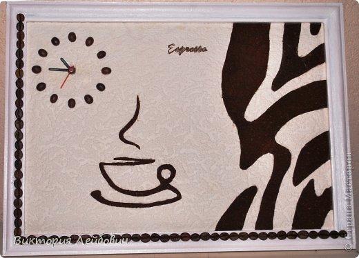 если наша жизнь - это зебра, то пусть черная дорожка будет усыпана зернами кофе, а часы всегда показывают время для чашечки эспрессо