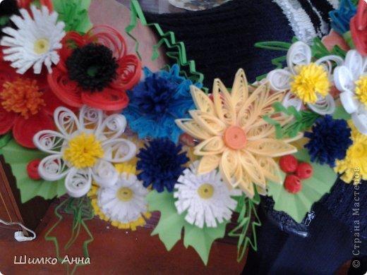 работа на конкурс. получила областную грамоту и работа ушла на Киев. все цветы приклеила на два модульных кольца разных размеров. фото 2
