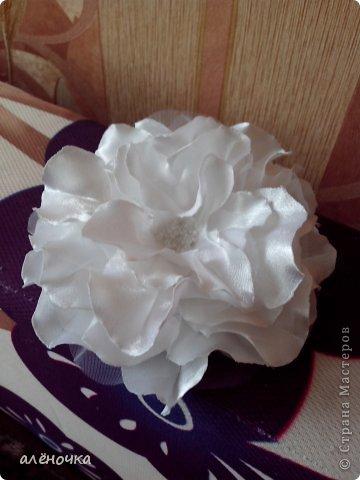 это мои первые цветочки из ткани.обязательно буду ещё тренироваться фото 2