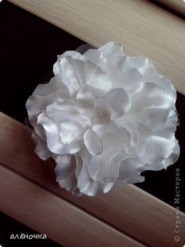 это мои первые цветочки из ткани.обязательно буду ещё тренироваться фото 1