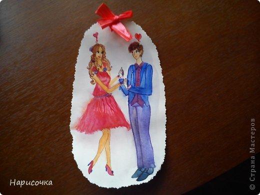 Привет всем ещё раз!Спейчас я хочу вам показать как можносделать такую открытку.Смотря какой рисунок её можно подарить на 8 марта, Валентинов День, можно на День поцелуев(который скоро будет), можно на День Матери, на День Рождения и т.п. фото 35