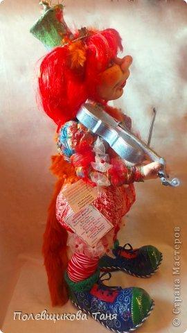 """""""За печкой трещит возмущенно сверчок. Зачем этой кошке Вы дали смычок? Рыжая кошка и старая скрипка: Какая, простите, большая ошибка!"""" фото 4"""