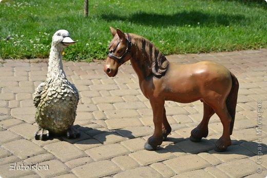 Здравствуйте, дорогие жители СМ! Решила обновить фигурки животных, стоящие у нас во дворе - они немного выгорели и потеряли вид. Вот такие они сейчас. фото 2