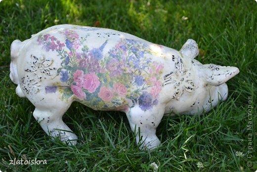 Здравствуйте, дорогие жители СМ! Решила обновить фигурки животных, стоящие у нас во дворе - они немного выгорели и потеряли вид. Вот такие они сейчас. фото 13