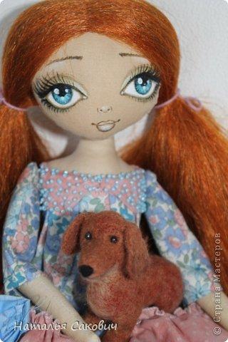 Девочки, зимой я активно шила куколок, хочу вам показать их. Это еще не вся их часть. Ростиком куколки 41 см, сшиты из бязи и тонированны кофем. Роспись лица акриловыми красками и пастель. Волосы у некоторых овечья шерсть, которую я сама мыла и красила , а у других искуственные волосы.   фото 1