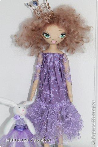 Девочки, зимой я активно шила куколок, хочу вам показать их. Это еще не вся их часть. Ростиком куколки 41 см, сшиты из бязи и тонированны кофем. Роспись лица акриловыми красками и пастель. Волосы у некоторых овечья шерсть, которую я сама мыла и красила , а у других искуственные волосы.   фото 22