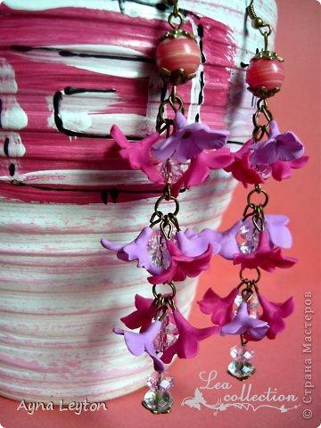 """Серьги """"Малиновые сны""""  Утонченные малиновые и белые лютики со стразами Swarovski и стеклянными бусинами. Сочные цвета для солнечного лета. фото 2"""
