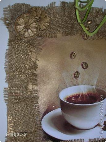 """Всем большой привет! На ваш суд - два панно """"Чашка кофе"""" 35х30 и """"Сакура"""" 35х23. Идея первого не моя - где- то, когда-то на просторах интернета, второе - выдумка моя, я так думаю, а там кто знат)))) Первое - фото из интернета, картон, рамка - мешковина, зерна кофе, бадьян, корица, лимон, краска золото. Второе - двп, мешковина, края обвязала крючком джутовым шпагатом, ветка - это палочки корицы, цветки - высушенные лепестки пиона. фото 2"""
