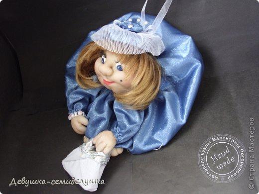 Дама в шляпе - эталон элегантности и женственности. Она не отягощена заботами о домашнем хозяйстве и беготней по магазинам. Приносит удачу настоящим женщинам. фото 2