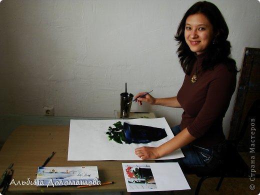 Моя первая работа в такой технике. За основу рисунка взята фотография цветка. Предварительно лист бумаги смачивается водой с помощью широкой кисти.  фото 1