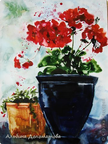 Моя первая работа в такой технике. За основу рисунка взята фотография цветка. Предварительно лист бумаги смачивается водой с помощью широкой кисти.  фото 5