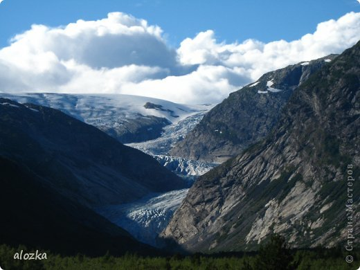 Доброго времени суток  дорогие  мои !!! На  этот раз хочу познакомить вас с замечательной страной Норвегией   , Норвегия это замечательная природа,  очаровательные фьорды  чистейший воздух  опьяняющий и  завораживающий ! Вообщем сказка   ! Много писать не буду просто полюбуйтесь!!! фото 10