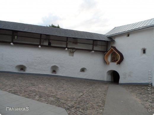 Ворота монастыря. фото 4