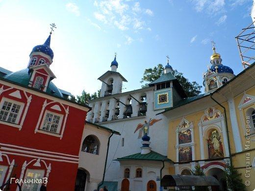 Ворота монастыря. фото 12