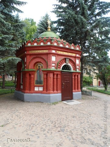 Ворота монастыря. фото 24