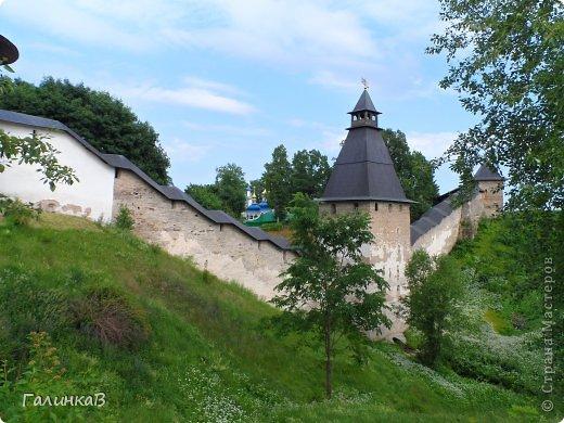 Ворота монастыря. фото 31