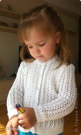 Вязание спицами нарядной кофточки для девочки6