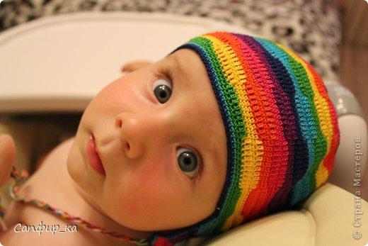 Вот связала сынуле шапку цвета радуги! фото 1