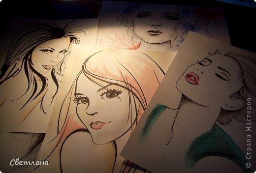 В последнее время очень понравилось рисовать людей в подобной технике :) Рисую в основном девушек. Использую при этом акварель, карандаши, маркер и ручку. фото 1