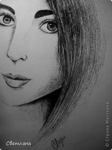 В последнее время очень понравилось рисовать людей в подобной технике :) Рисую в основном девушек. Использую при этом акварель, карандаши, маркер и ручку. фото 6