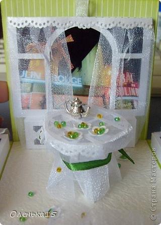 Magic box на День рождения, на заказ - для подруги, которая живет далеко. Акварельная бумага, бумага для скрапбукинга, ленты, подвески, органза, бусинки, бисер, зёрна кофе. 9*9см. фото 5