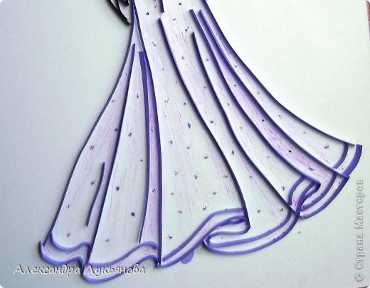 Всем доброго времени суток. Хочу представить Вам свою новую работу. В основе работы эскиз бального платья от Джорджио Армани. Сначала хотела придумать что-нибудь свое, но этот эскиз меня просто покорил. В оригинале платье бежевого цвета, но у меня не было подходящей бумаги.  фото 3