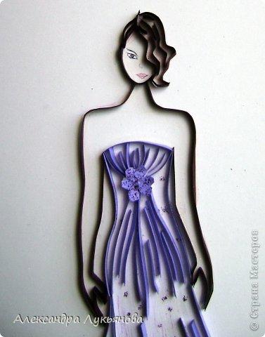 Всем доброго времени суток. Хочу представить Вам свою новую работу. В основе работы эскиз бального платья от Джорджио Армани. Сначала хотела придумать что-нибудь свое, но этот эскиз меня просто покорил. В оригинале платье бежевого цвета, но у меня не было подходящей бумаги.  фото 2