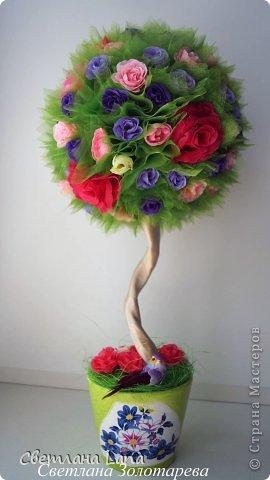 *Цветущий сад*. Выполнен из органзы, искусственных цветов, сизаль, бусины, атласные ленты. Высота 43см. Очень Яркое, летнее, цветущее!!! Всем такого Яркого лета!!! фото 1