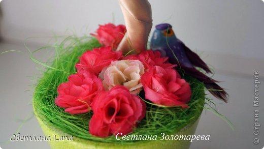 *Цветущий сад*. Выполнен из органзы, искусственных цветов, сизаль, бусины, атласные ленты. Высота 43см. Очень Яркое, летнее, цветущее!!! Всем такого Яркого лета!!! фото 4