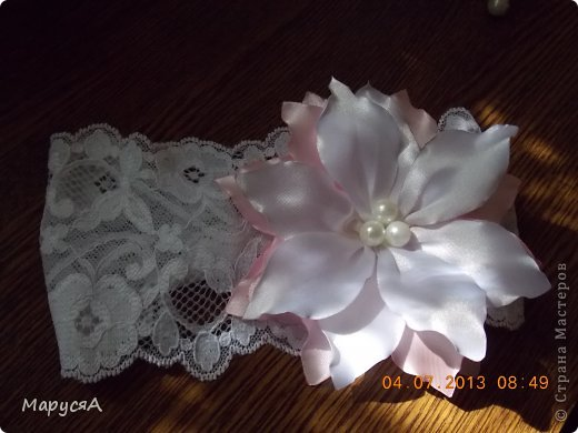 Цветочки давно лежали готовые, наконец-то решила куда применить))) фото 5