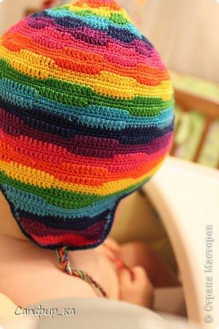 Вот связала сынуле шапку цвета радуги! фото 7