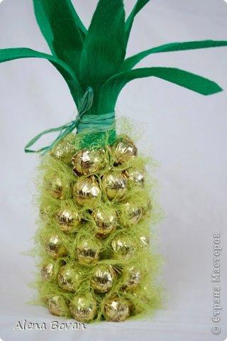 Здравствуйте, дорогие соседи!! увидела на просторах ин-эта ананас, который очень мне понравился, и решила такой сделать подружке на День рождения, что получилось судить Вам... фото 6