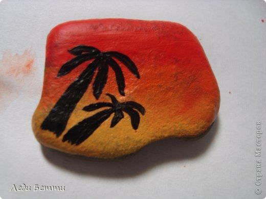 Здраствуйте жители СМ. Сегодня я решила сделать МК по росписи камней. Роспись на тему вечера в тропической стране. P.S. Первое фото обработано в программе pizap. фото 7