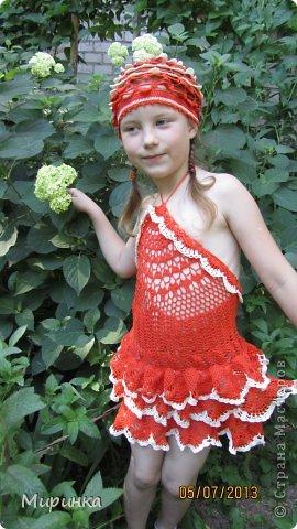 """Дочка Алёнушка придумала название для своего комплекта """"вспорхнувшая Жар-птица"""" потому что у сарафанчика перья, как у сказочной птицы. фото 2"""