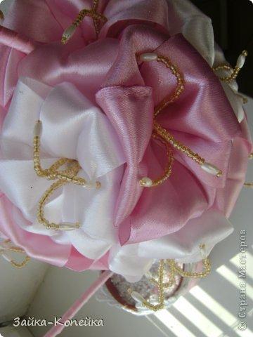 Давно не ваяла топики. К выставке решила вспомнить. Обожаю лилии, вот и получилось нечто бело-розовое. Изначально задумывалась не так, но результат превзошел ожидания. фото 4