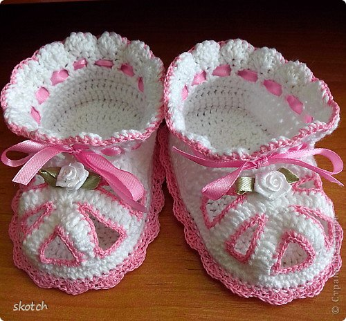 Вязаные сандали для малышей