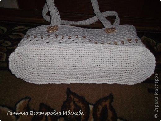 """Доброго времени суток дорогие мои жители нашей страны! И вновь я представляю новую коллекцию сумок из моих любимых пакетов. Первая сумка пляжная связана в подарок коллеге по работе. Я её назвала """"Подсолнух"""". фото 9"""