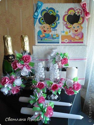 Семейный очаг для моложоженов! (Все цветы выполены из нажелатининого креп-сатина и обработаны бульками). фото 18