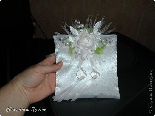 Семейный очаг для моложоженов! (Все цветы выполены из нажелатининого креп-сатина и обработаны бульками). фото 42