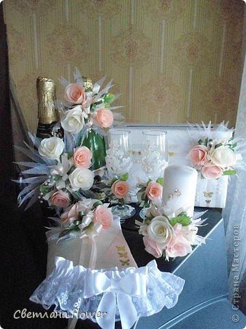 Семейный очаг для моложоженов! (Все цветы выполены из нажелатининого креп-сатина и обработаны бульками). фото 45