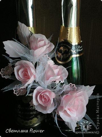 Семейный очаг для моложоженов! (Все цветы выполены из нажелатининого креп-сатина и обработаны бульками). фото 57