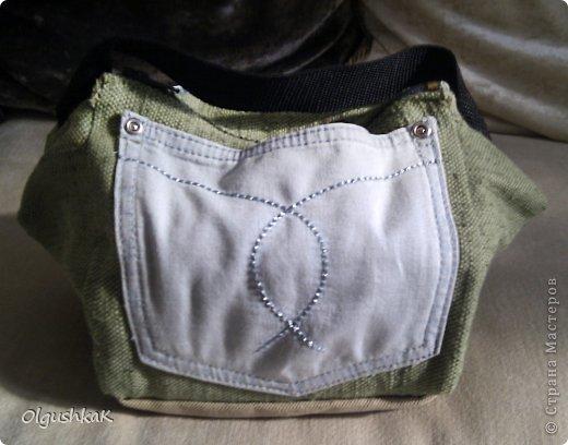 Моя первая сумочка из кожзама и ткани, внутри синтепон, подкладка, один карман. фото 27