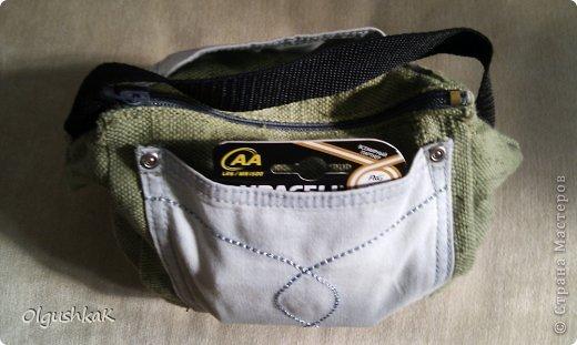 Моя первая сумочка из кожзама и ткани, внутри синтепон, подкладка, один карман. фото 29