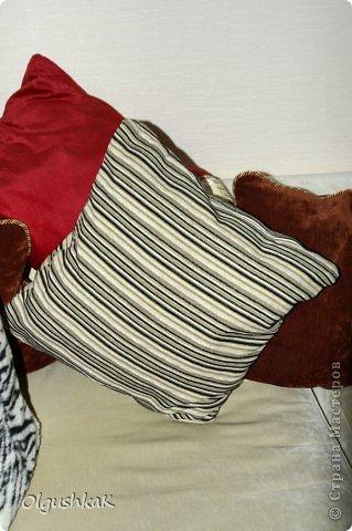 Моя первая сумочка из кожзама и ткани, внутри синтепон, подкладка, один карман. фото 12