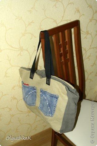 Моя первая сумочка из кожзама и ткани, внутри синтепон, подкладка, один карман. фото 13