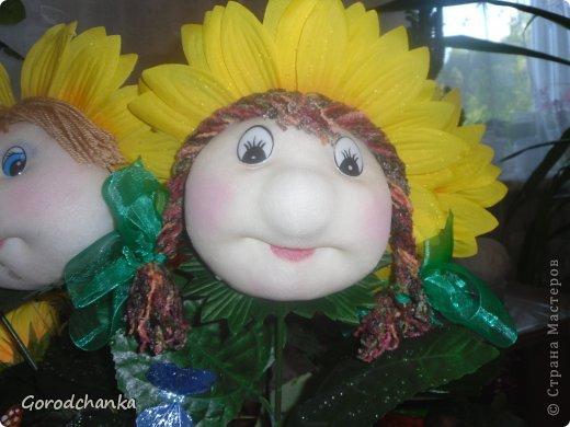 Всегда любовалась работами мастериц нашей Страны, ну очень хотелось научиться шить капроновых кукол, и наконец решилась...... Огромное спасибо всем, кто делится секретами изготовления кукол из капрона. С десяток таких кукол разошлись по друзьям и родственникам, показываю что осталось.  Эту куколку-попика я сшила уже по заказу подруги, она назвала ее Лукерья, наверное навеяло что-то из детских сказок.... фото 7