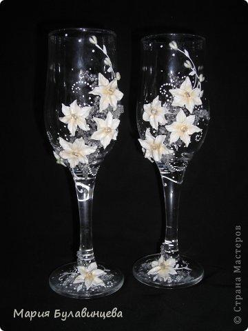 Декор предметов Свадьба Лепка Роспись Свадебные бокалы и свечи ручной работы Бисер Бусинки Клей Ленты Пластика фото 16.