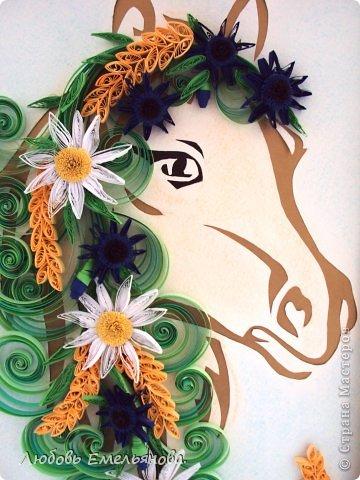 ну эта лошадка с ромашками , колосьями и надеюсь получились васильки.