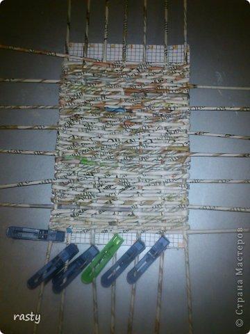 Материалы и инструменты Плетение Станки для плетения прямоугольного дна Бумага газетная Трубочки бумажные фото 7