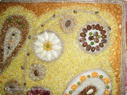 Картина панно рисунок Мастер-класс 8 марта День матери Аппликация Панно из круп + мини МК Гуашь Клей Кофе Краска Крупа Материал природный Семена Скорлупа яичная Фанера Шпагат фото 3